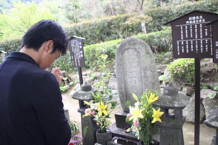 吉田松陰の墓石