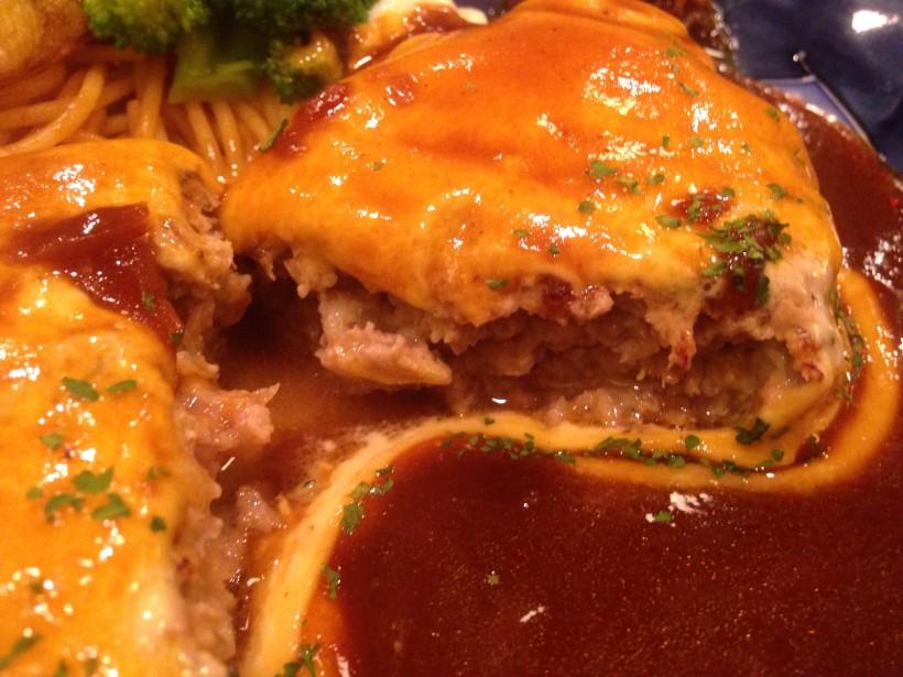 俺のハンバーグ山本 からしマヨネーズハンバーグの肉汁