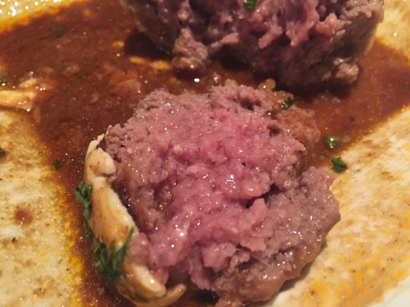 肉割烹 将泰庵 レアなハンバーグ