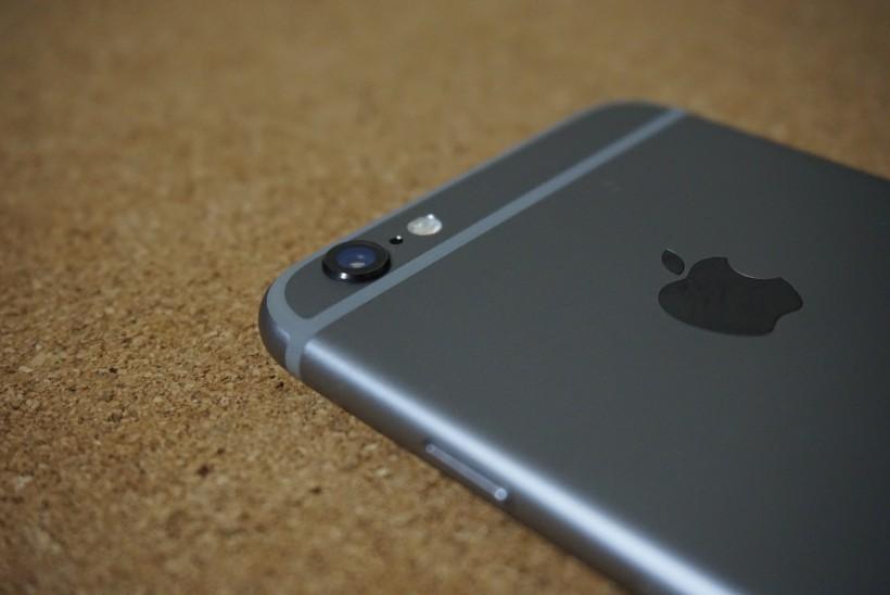 iPhone6のカメラ部分のでっぱり