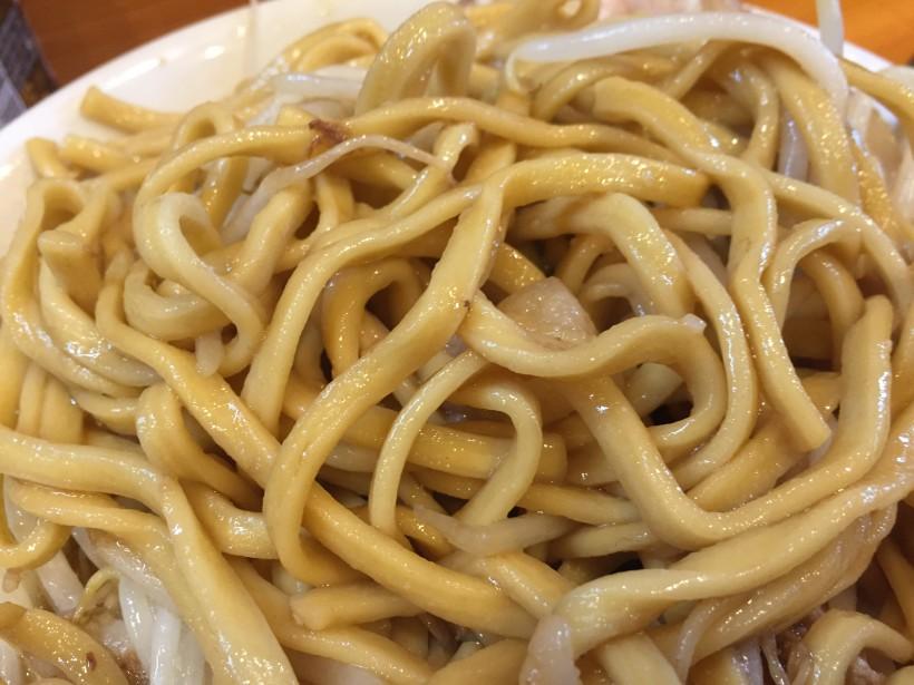 ラーメン二郎 八王子野猿街道店2 麺