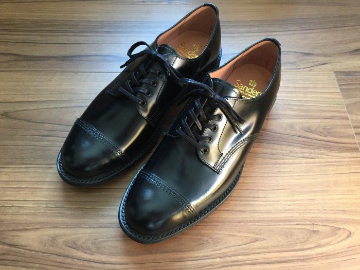 Sanders Military Derby(サンダース ミリタリーダービー)#1128|まるっとした表情でもフォーマルだって履けてしまうストレートチップの革靴を購入