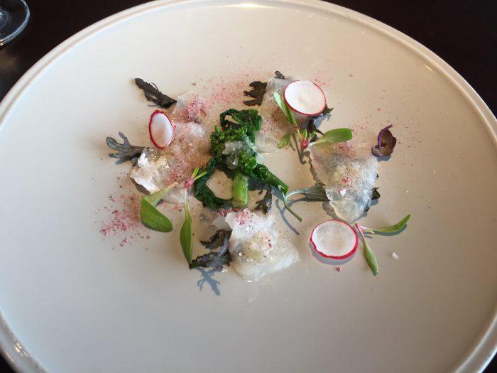 WAKANUI(ワカヌイ) 真鯛のカルパッチョ 桜塩添え