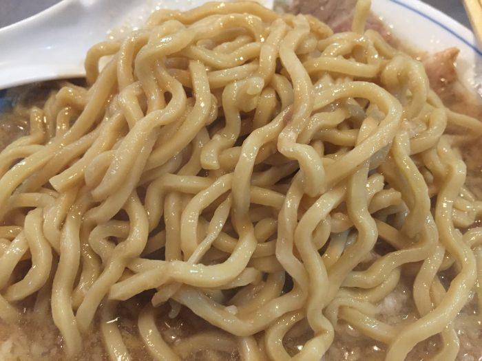ラーメン大 麺