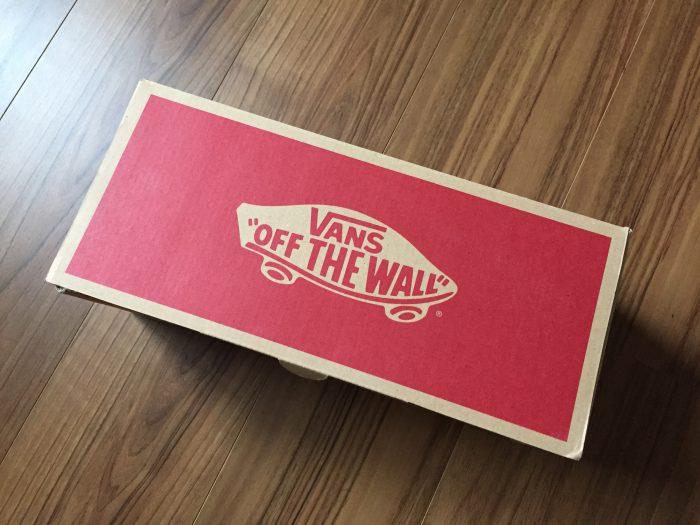 VANS スリッポン 外箱 OFF THE WALL