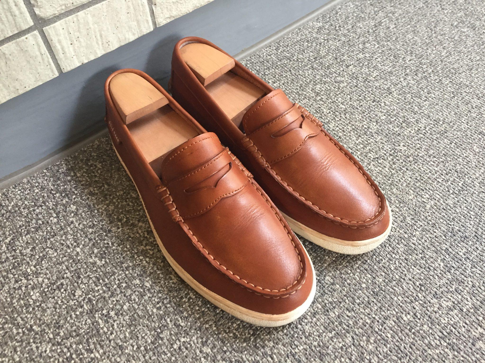 革靴を濃いめの色に補色するチャレンジ~コールハーン ピンチウィークエンダー「BRITISH TAN」をモゥブレィのミディアムブラウンで補色する