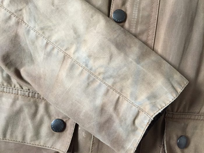 Barbour Bedale(バブアー ビデイル) オイルドコットン 汚れ 水拭き 袖