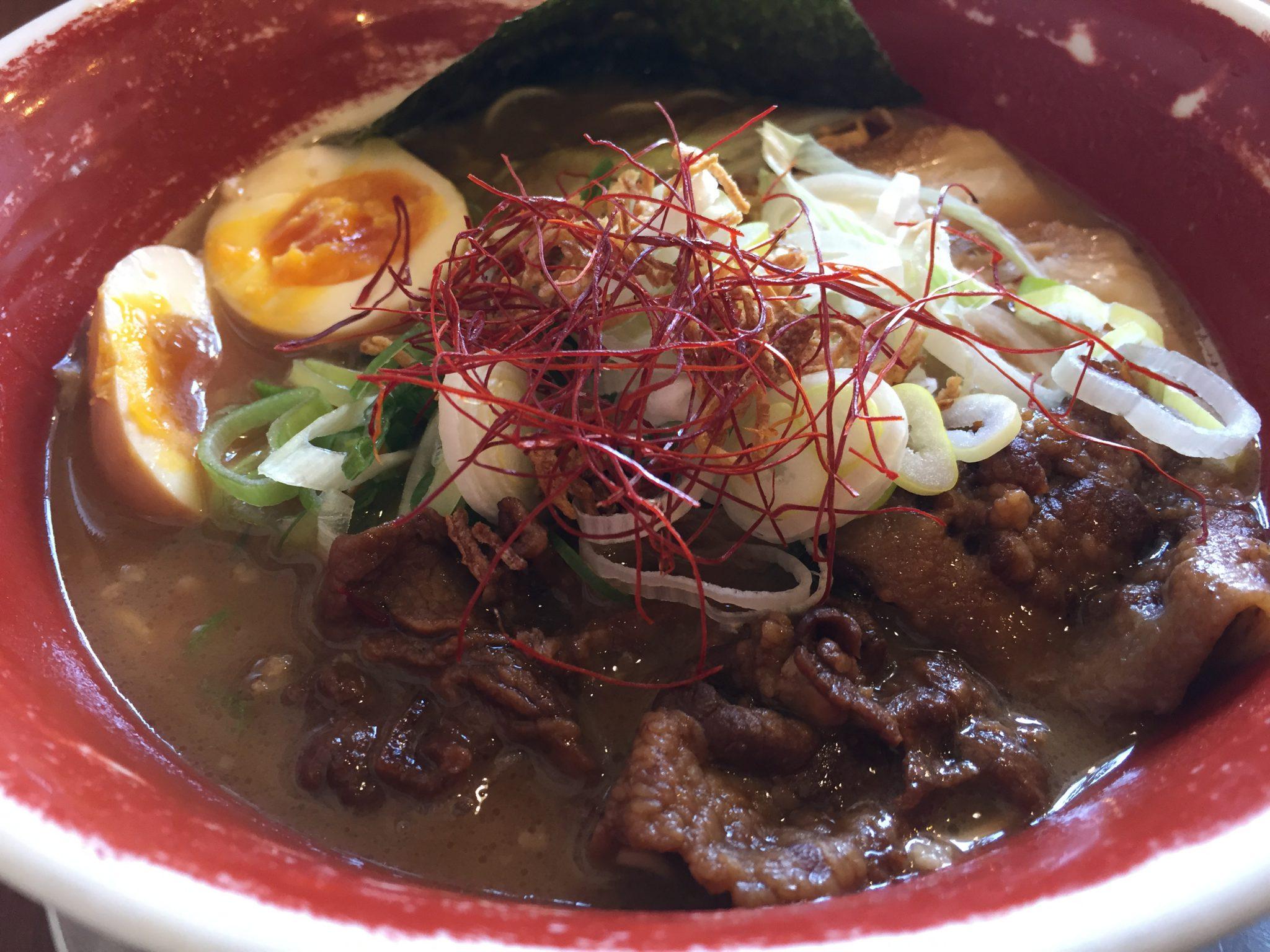 麺王|高松で徳島ラーメンランチ~豚バラ焼きが濃いめのスープとよく合っておいしい