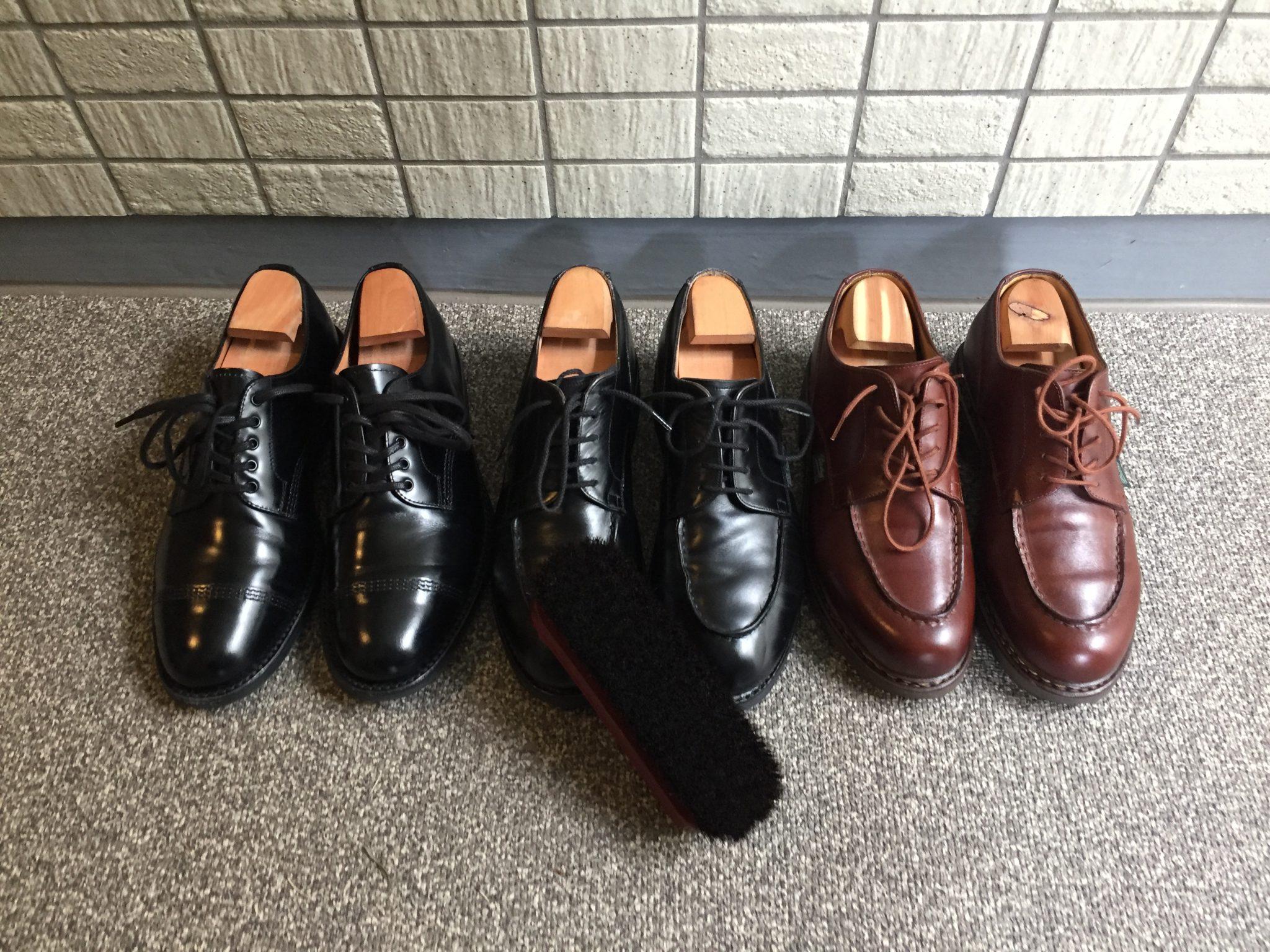 最近の革靴のお手入れ事情~すぐにクリームを塗ってしまいたくなるのをぐっと我慢して念入りにブラッシングだけでメンテナンス