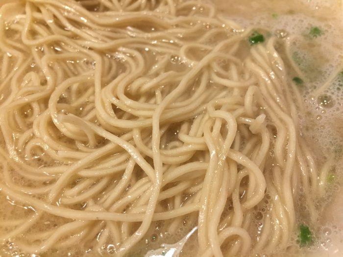 ばりちゃん チャーシューメン 麺