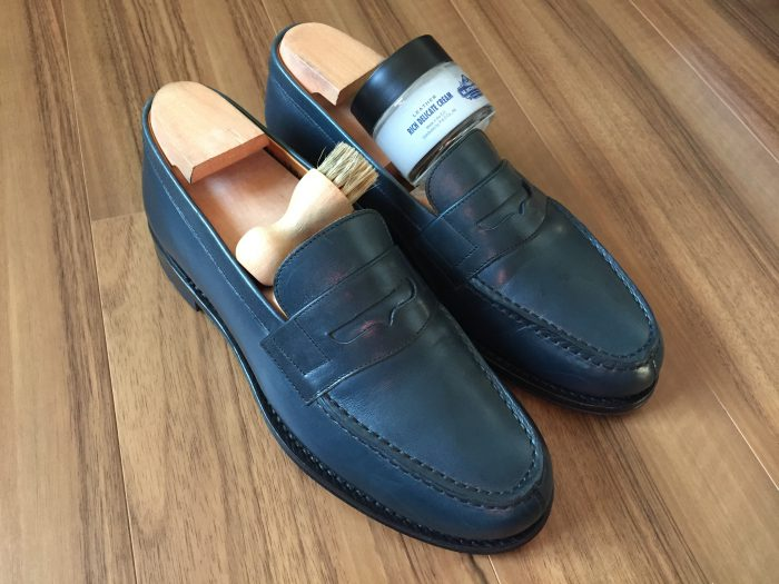 Jalan  Sriwijaya(ジャランスリワヤ)コインローファー ネイビー 革靴 シミ デリケートクリーム