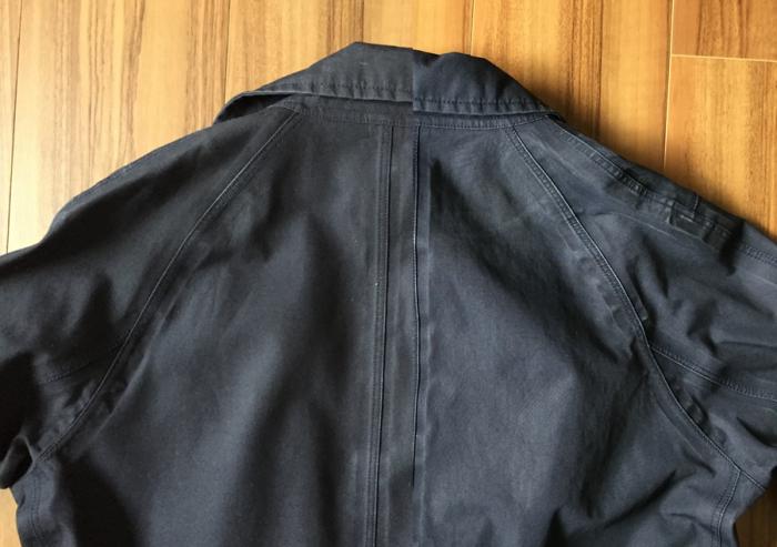 ナナミカ ゴアテックス ステンカラーコート(nanamica GORE-TEX Soutien Collar Coat)|自宅ではじめての洗濯_背中