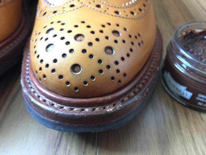 Trickers Bourton Acorn Antique(トリッカーズ バートン エイコーン アンティーク) コバ お手入れ メンテナンス クリーム ブラウン