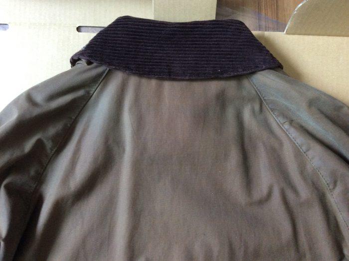 バブアー リプルーフ 袖の付け根 汚れ 黒ずみ