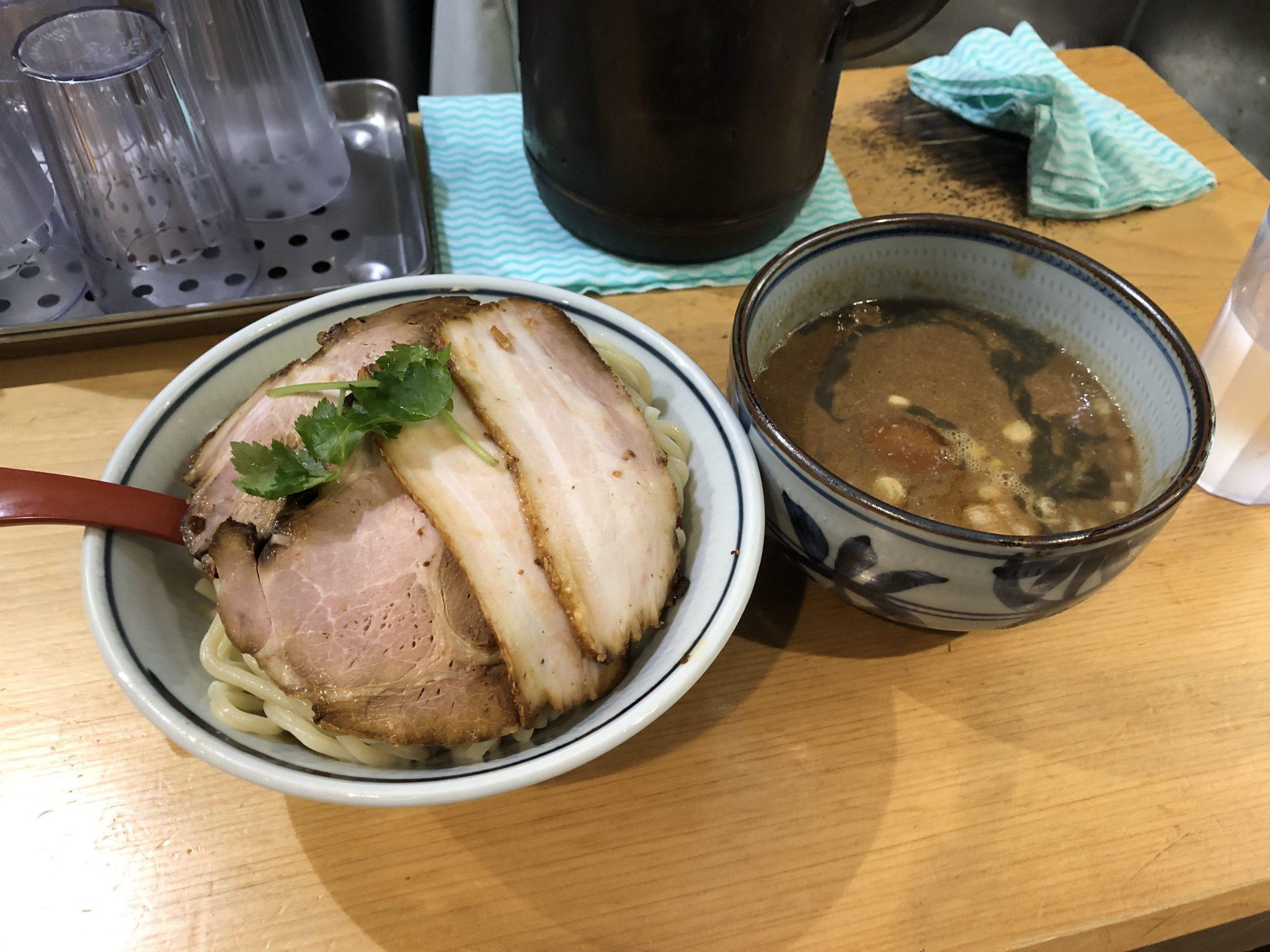 煮干麺 新橋 月と鼈(すっぽん)|新橋でつけ麺ランチ