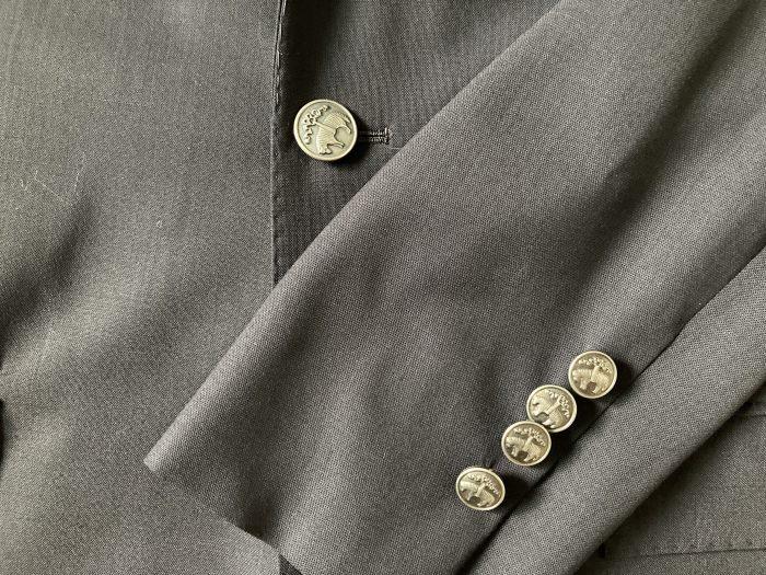 ブルックスブラザーズ(Brooks Brothers)シングル段返り3釦ブレザー ミラノフィット 銀 シルバー ボタン