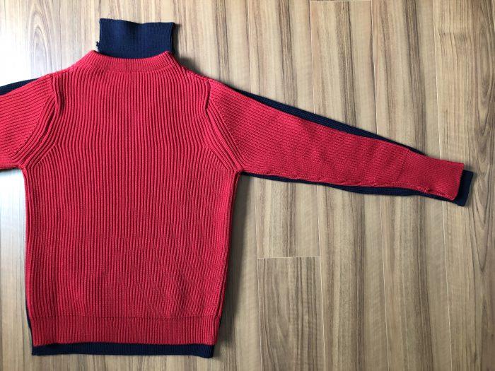アンデルセンアンデルセン(ANDERSEN-ANDERSEN)ネイビー(5G)セーターとセイラー(7G)セーターのサイズ感・生地感の比較