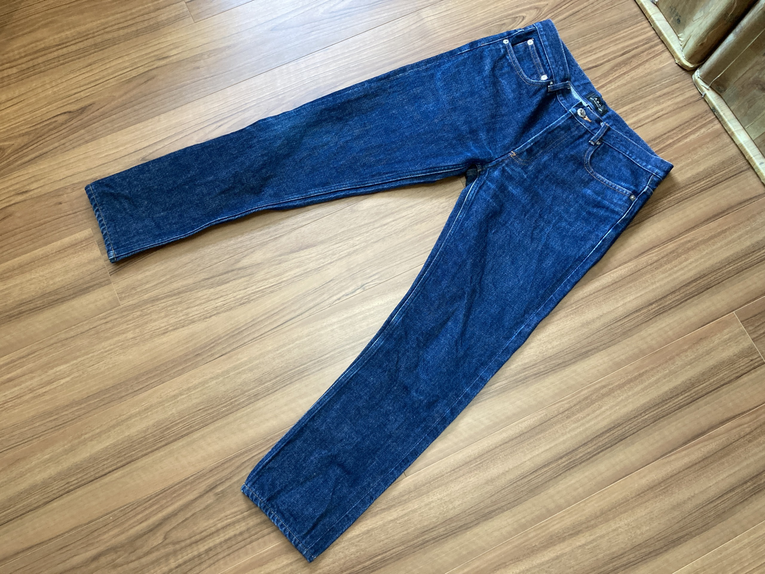 A.P.C. Petit New Standard エジング 経年変化 9回洗濯 全体観